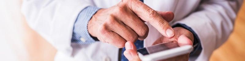 Mobilteknologi bør brukes enda mer på sykehusene