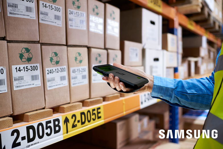 Retail_campaign_samsung_mobile_1500X1000_Samsung_logo-1